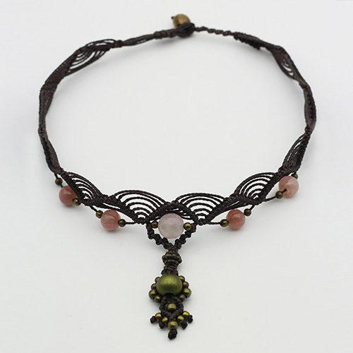 Detalle collar color bison colección Salo - Macramé - Marina Grafeuille