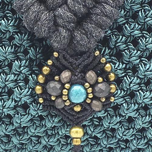 Detalle Bolso Banderola color gris petróleo colección Unique - Macramé - Marina Grafeuille