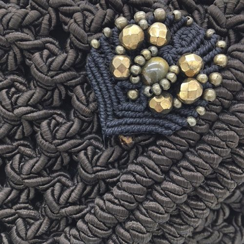 Detalle bolso marrón chocolate colección Almetlla - Macramé - Marina Grafeuille