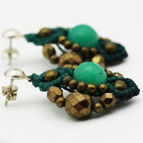 Detalles pendientes color turquesa colección Ciudadela - Macramé - Marina Grafeuille
