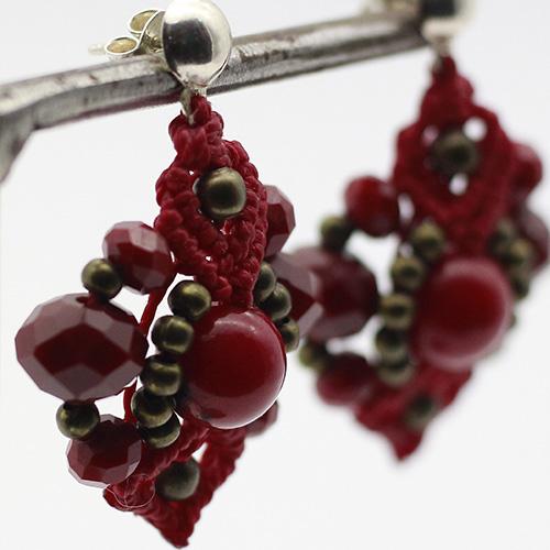 Pendientes color rojo colección Ciudadela - Macramé - Marina Grafeuille