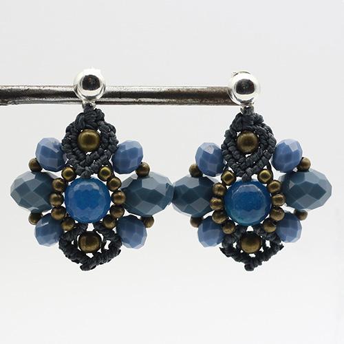 Pendientes color azul colección Ciudadela - Macramé - Marina Grafeuille