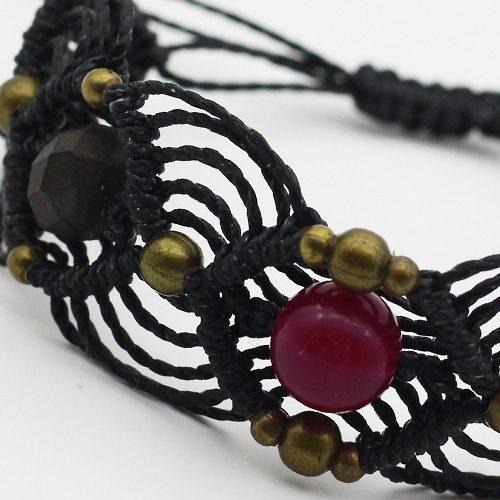 Detalle pulsera color negro colección Barcelona - Macramé - Marina Grafeuille