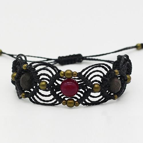Pulsera color negro colección Barcelona - Macramé - Marina Grafeuille
