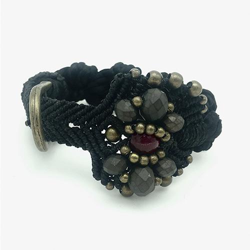 Pulsera color negro colección Roses - Macramé - Marina Grafeuille