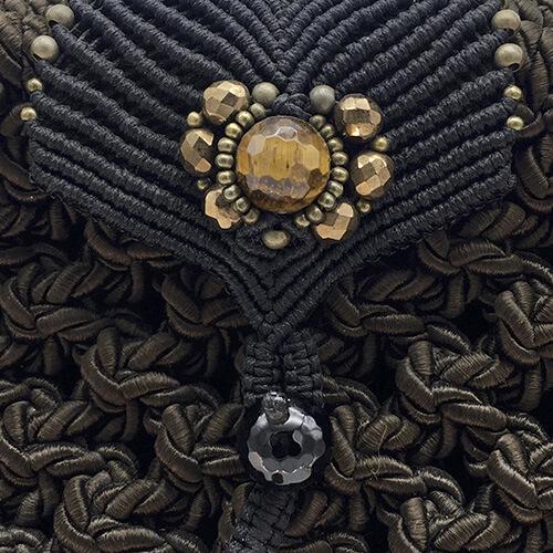 Detalle bolso color marrón chocolate colección Girona XL - Macramé - Marina Grafeuille