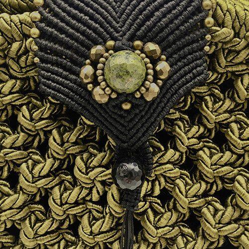 Detalle bolso color verde oliva colección Girona XL - Macramé - Marina Grafeuille