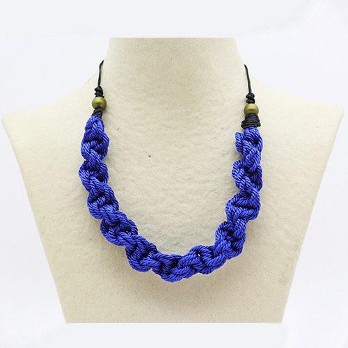 Collar color azul francia colección Pineda - Macramé - Marina Grafeuille