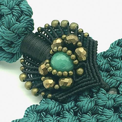Detalle collar color turquesa colección Montblanc - Macramé - Marina Grafeuille
