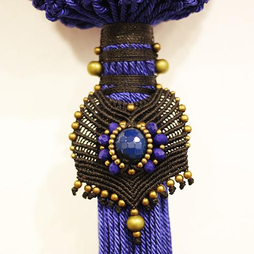 Detalle del bolso color azul francia colección Cadaquez - Macramé - Marina Grafeuille